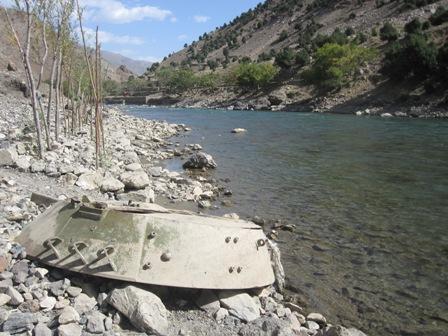 Längs med Pansjirfloden okt 2010